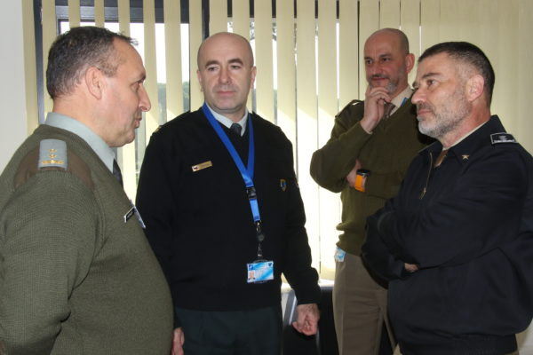 MG Giovanni Maria IANNUCCI speaks with Centre's Sponsoring Nation representatives